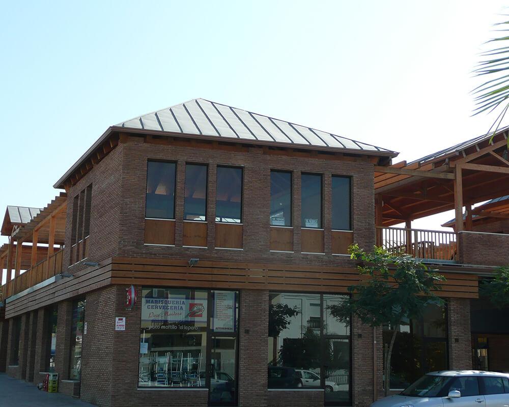 Centro Comercial - Estructura de madera