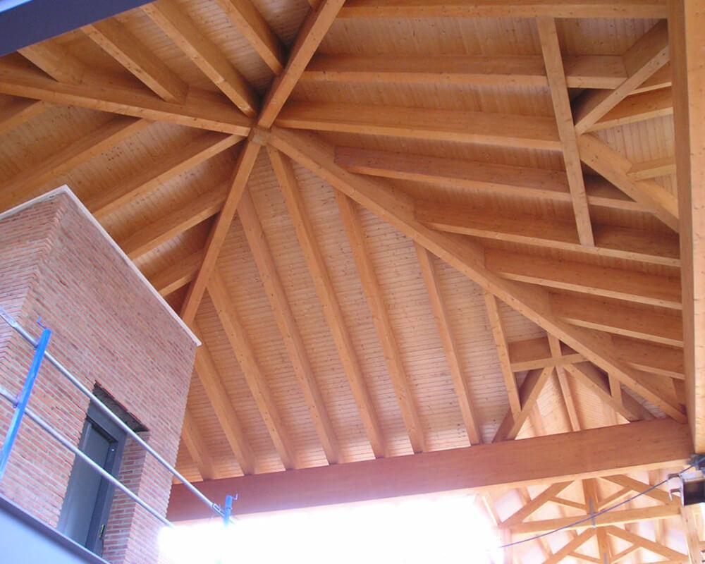 Centro Comercial - Estructura de madera 3