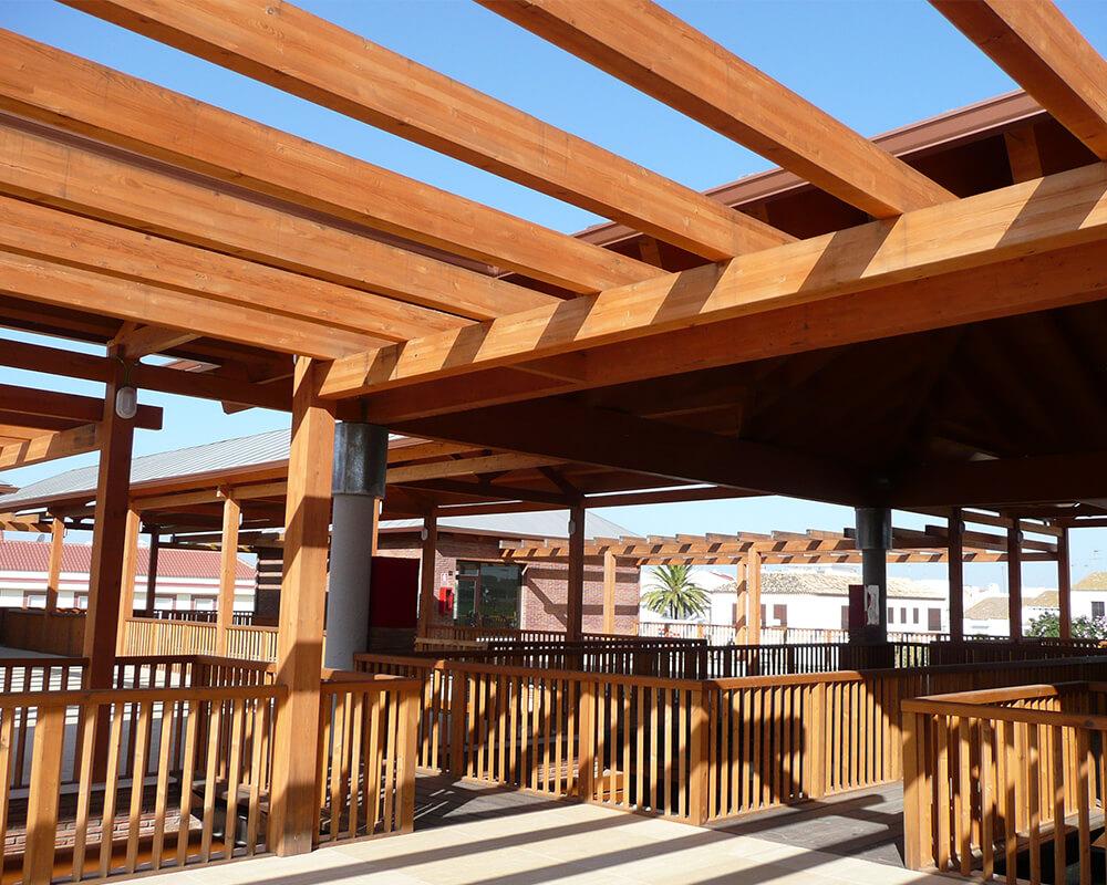 Centro Comercial - Estructura de madera 4