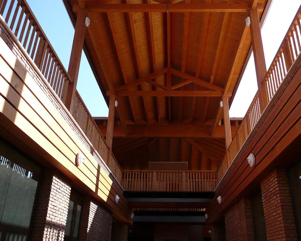 Centro Comercial - Estructura de madera 5