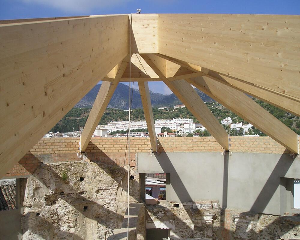 Estructuras de madera en Ubrique 1